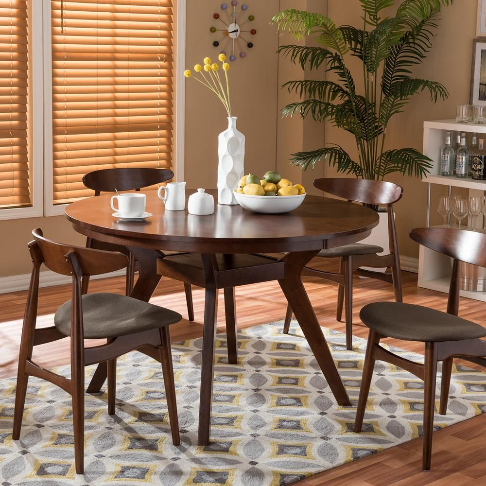 Best Choice For A Classy Dining Table: White Dining Chair And Table