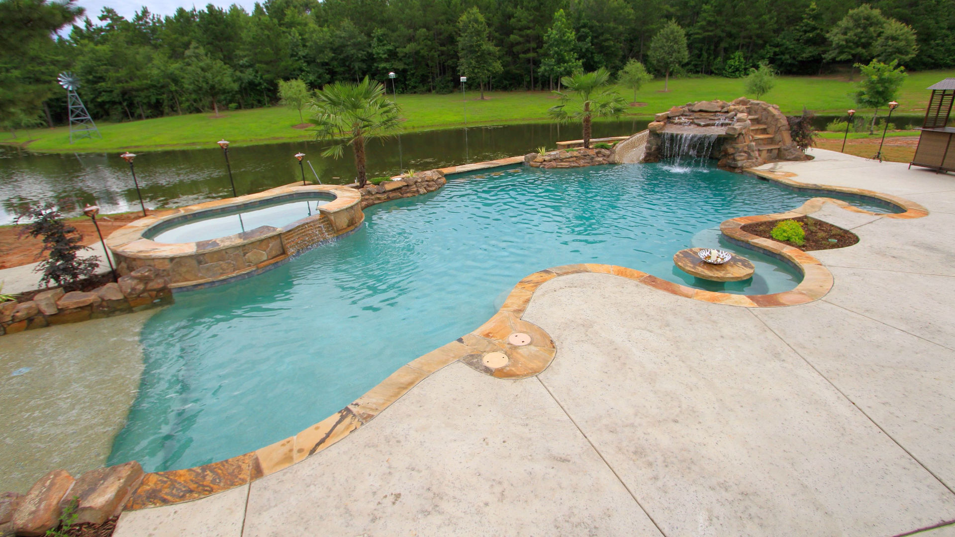 Pool Companies – Process Involved While Hiring