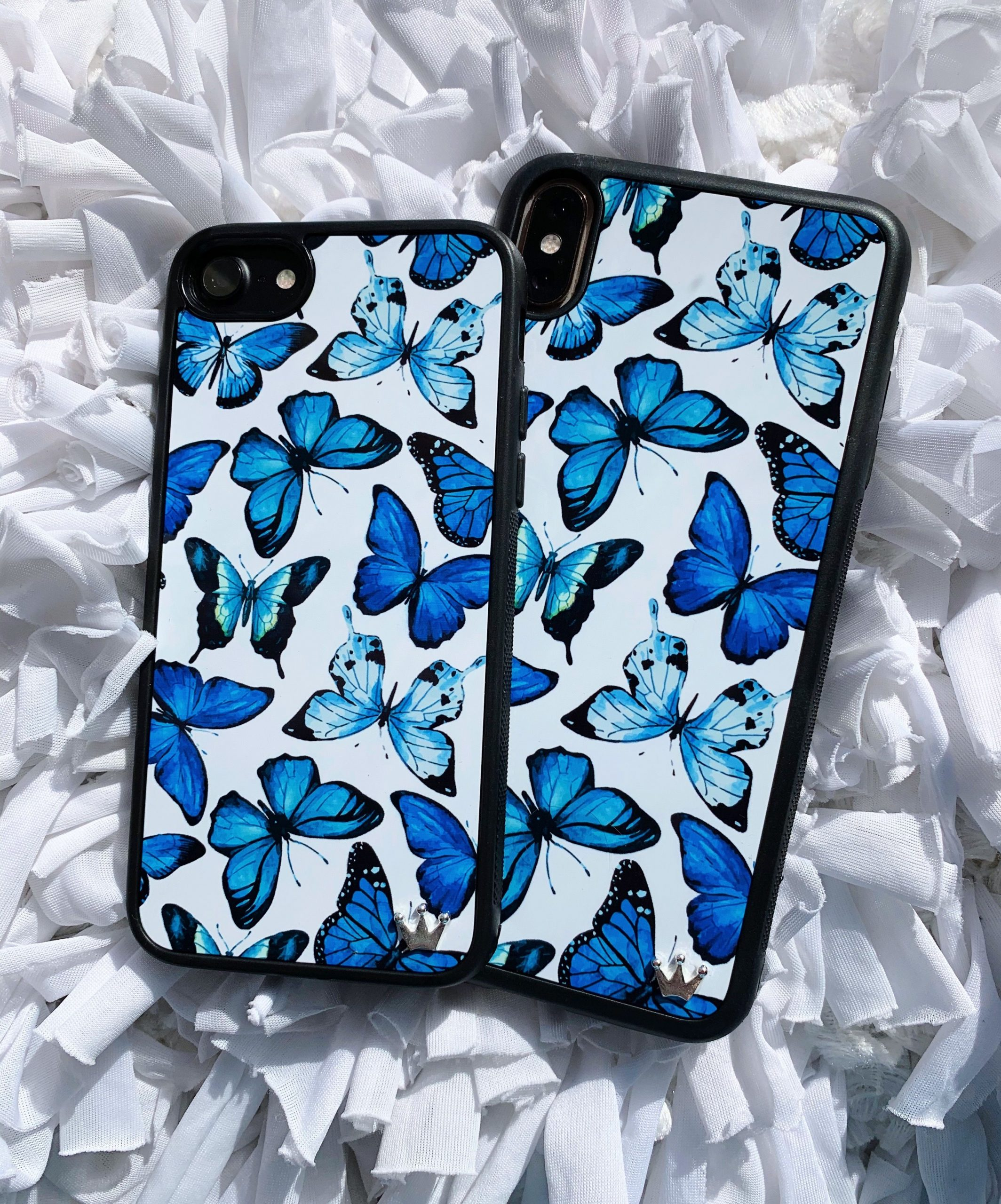 Decorate the phone with elegant cases