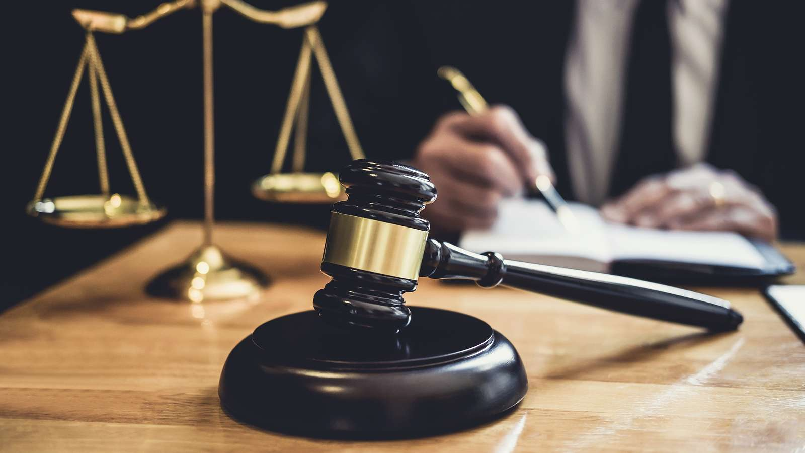 What Services Are Offered By Injury Lawyers