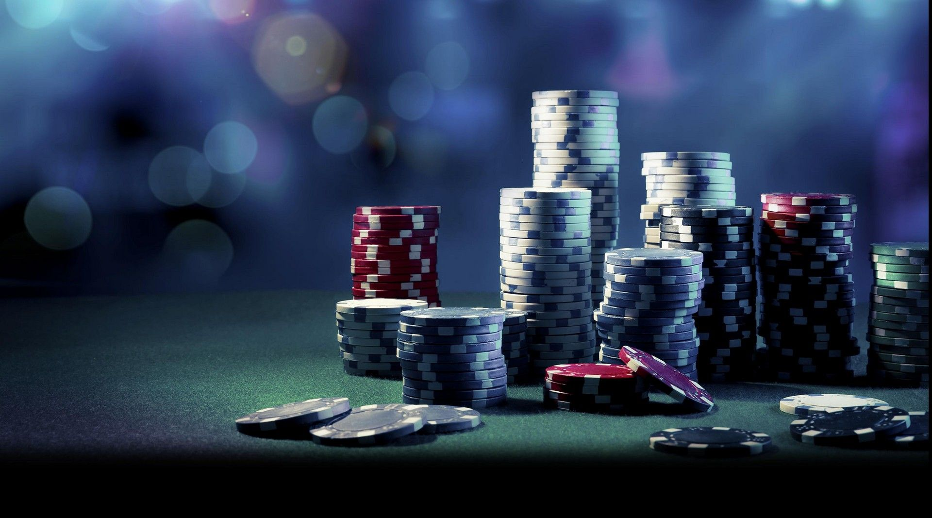 The Bandar ceme Strategy for Enjoying On-line poker