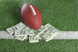 Advantages Of Playing Games With Casino Football gambling (judi bola)