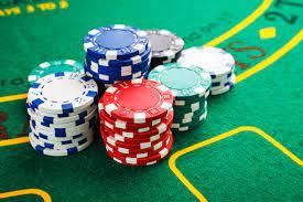 Enjoy Playing Poker Securely On Online Hold'em!